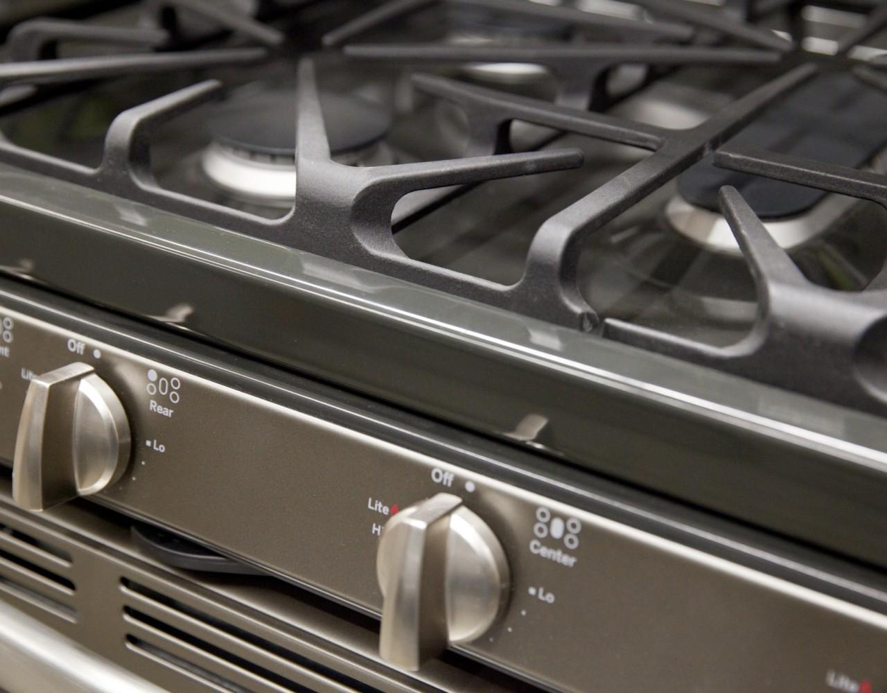 Mat riel de cuisson professionnel plaque grill four for Nettoyage plaque cuisson verre